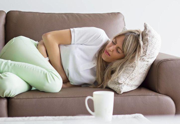 Si estás en etapa de colitis, es importante controlar el consumo de comida grasosa. (Foto: Contexto/Internet)