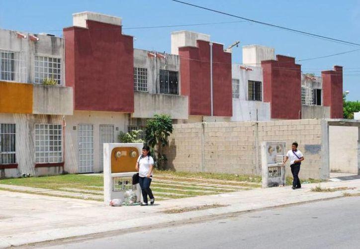Los créditos hipotecarios del Infonavit quedaron protegidos ante eventuales incrementos al salario mínimo. (Archivo/ Novedades Yucatán)