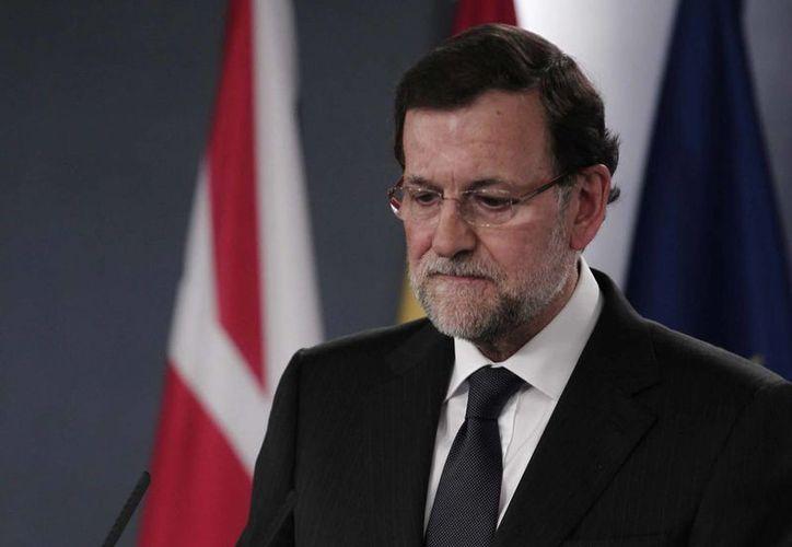 Pérez Rubalcaba subrayó que el PSOE considera que Mariano Rajoy está incapacitado para seguir un minuto más al frente del gobierno. (Notimex)