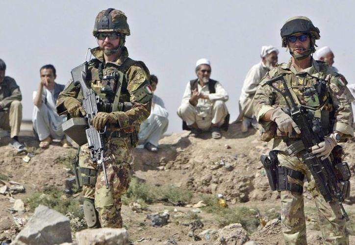 Soldados italianos de la Fuerza Internacional de Asistencia a la Seguridad (ISAF) de la OTAN en Afganistán. (EFE)
