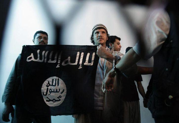 Al Qaeda reclamó la autoría del atentado contra Charlie Hebdo a una semana de los sangrientos hechos. (AP)