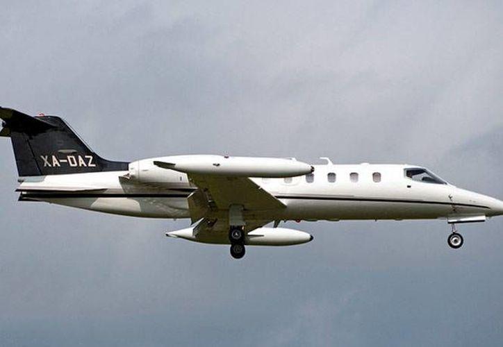 Una aeronave similar a la que aparece en esta foto quedó entre matorrales tras salirse de la aeropista en Hermosillo.  (Notimex/Contexto)