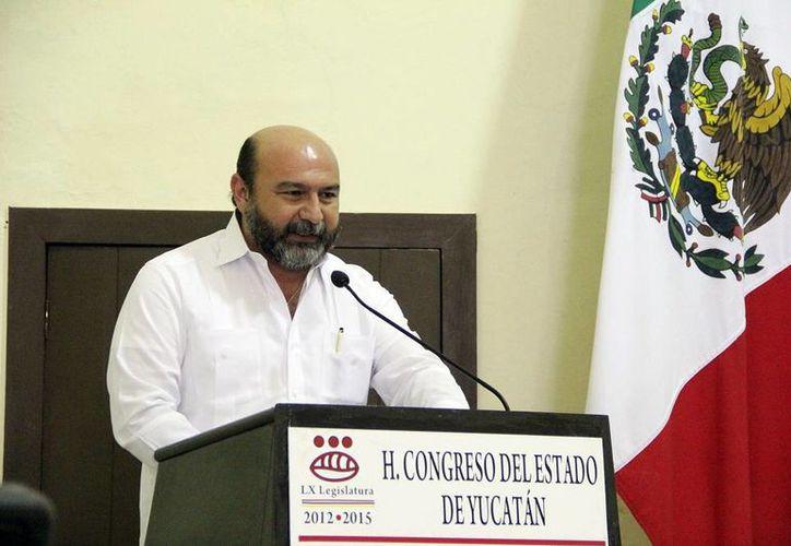 """""""Solo falta esperar la presentación del Paquete Fiscal, que en el caso del Estado, incluye el Presupuesto de Egresos para el próximo año"""", señaló el diputado Luis Hevia Jiménez. (Milenio Novedades)"""