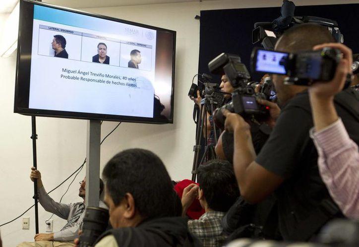 El Juzgado pidió informes a las autoridades responsables de la detención para resolver los amparos. En la imagen, la rueda de prensa donde se anunció la captura del narcotraficante. (Agencias)