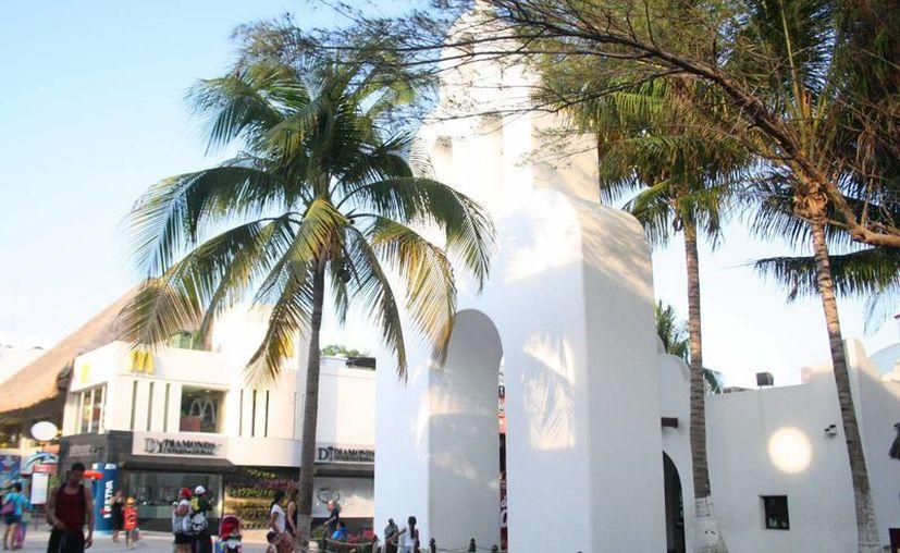 La capilla, situada en el corazón de la ciudad, podría convertirse en el primer monumento histórico del municipio. (Octavio Martínez/SIPSE)