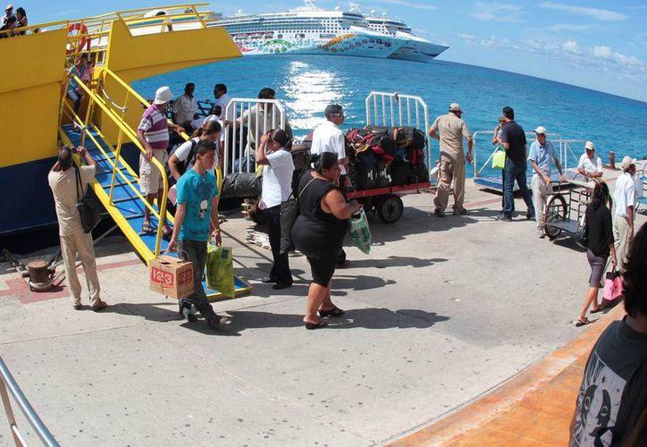 Beneficiarán a la gente local que  usa el transporte marítimo. (Gustavo Villegas/SIPSE)
