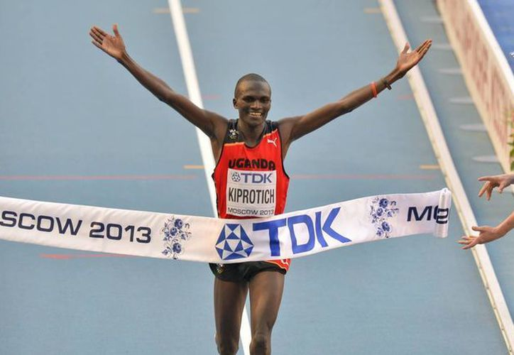 Kiprotich se llevó el oro y los etíopes Lelisa Desisa y Tadese Lola la plata y bronce, en ese orden. (Agencias)