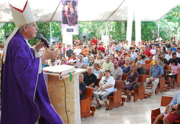 El obispo agregó que la Iglesia Católica ya ha presentado de forma legal una demanda sobre la ubicación del casino. (Jesús Tijerina/SIPSE)