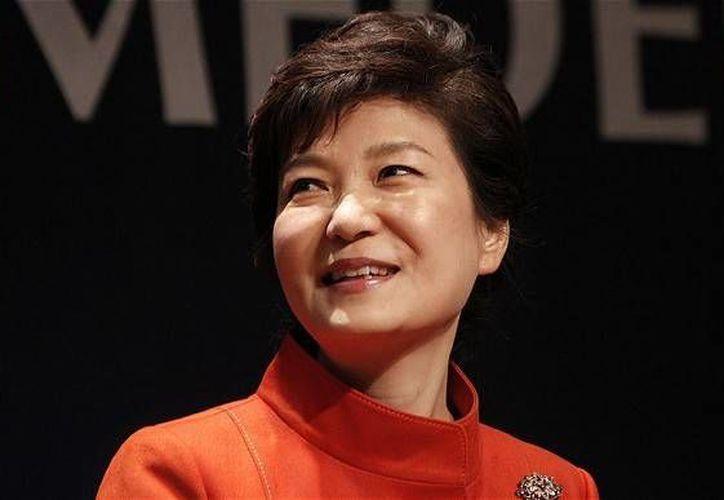 La presidenta Park Geun-hye (foto), otorgó el cargo de primer ministro de Corea del Sur al excomunicador Moon Chang-keuk. (telegraph.co.uk)