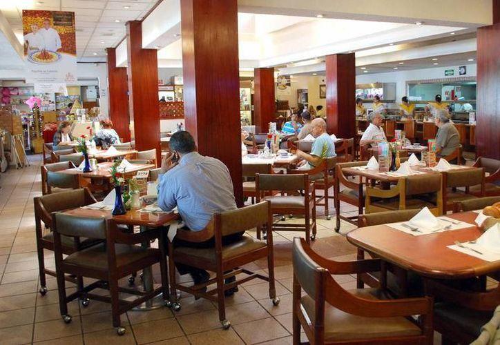Los restaurantes esperan lleno total por este 10 de mayo. (Jesús Tijerina/SIPSE)