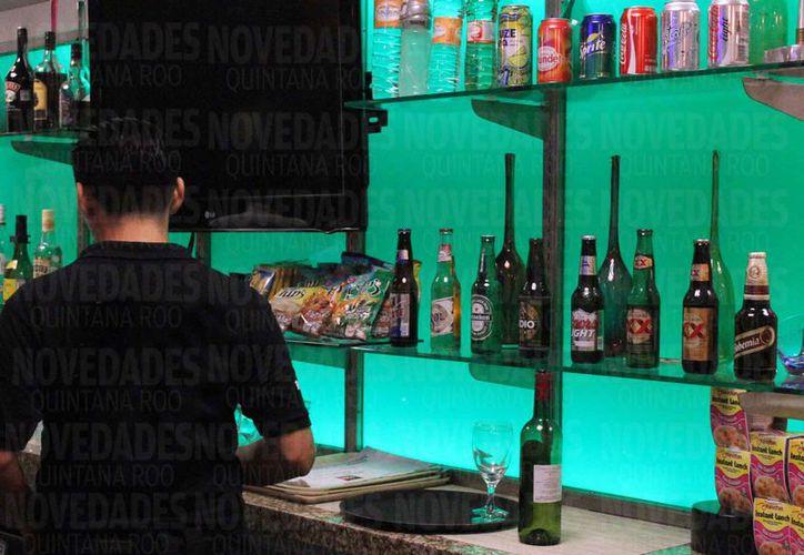 """Las patentes para venta de alcohol que se """"regalaron"""" podrían ser revocadas. (Luis Soto/SIPSE)"""