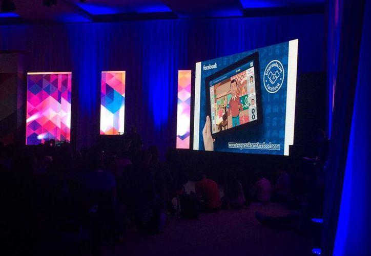 El lanzamiento fue durante la conferencia magistral Facebook para negocios. (Stephani Blanco/SIPSE)