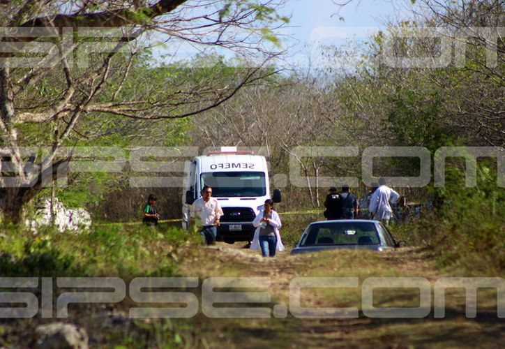 Esta es la brecha de la colonia San Luis Sur Dzununcán, donde fue hallado esta tarde el cadáver. (Fotografía: Jorge Pallota)
