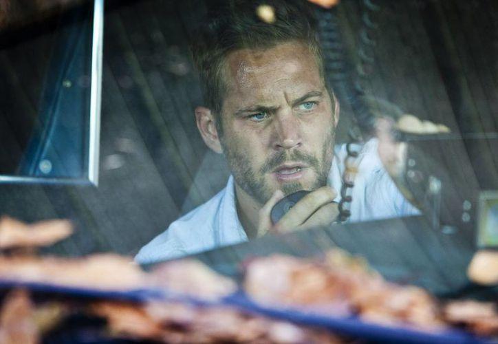 Escena de la película 'Hours', en la que participa el fallecido actor Paul Walker. (Agencias)