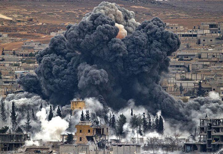 Las tropas sirias se enfrentan a grupos armados de la oposición y a organizaciones terroristas. (Sputnik Mundo)