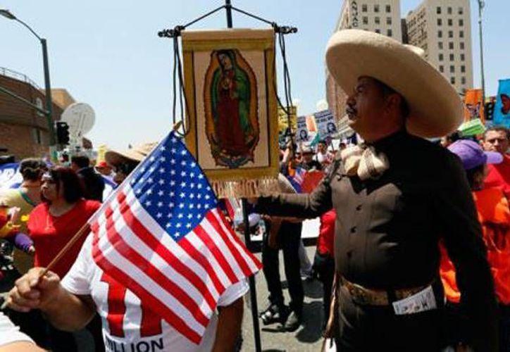 La caída de la población indocumentada después del 2007 fue más pronunciada entre los inmigrantes de origen mexicano. (Archivo/AP)