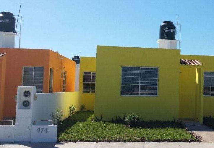 Experto dice que en Mérida las casas de interés social responden a un esquema de negocio más que a la sustentabilidad. (SIPSE)