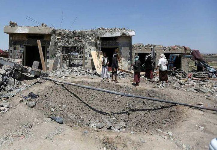 Al menos 30 yemenitas, entre ellos civiles, murieron en ataques aéreos en la región de Saná. (Contexto/Internet).