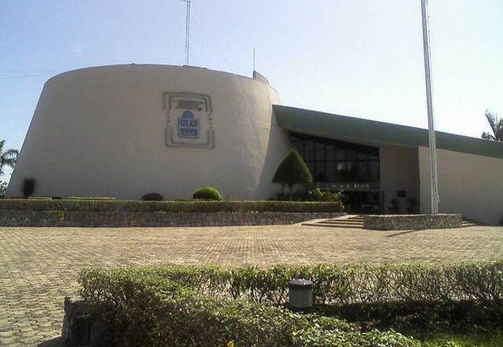 Las instalaciones del recinto legislativo fungirán como sede para las aportaciones, a partir de las 12 horas. (Francisco Sansores/SIPSE)