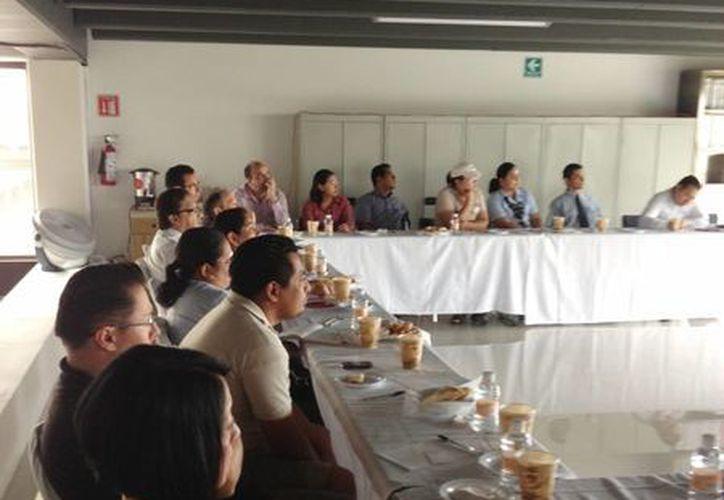 """La asociación de hoteles organizó la capacitación titulada """"Reforma laboral"""". (Yenny Gaona/SIPSE)"""