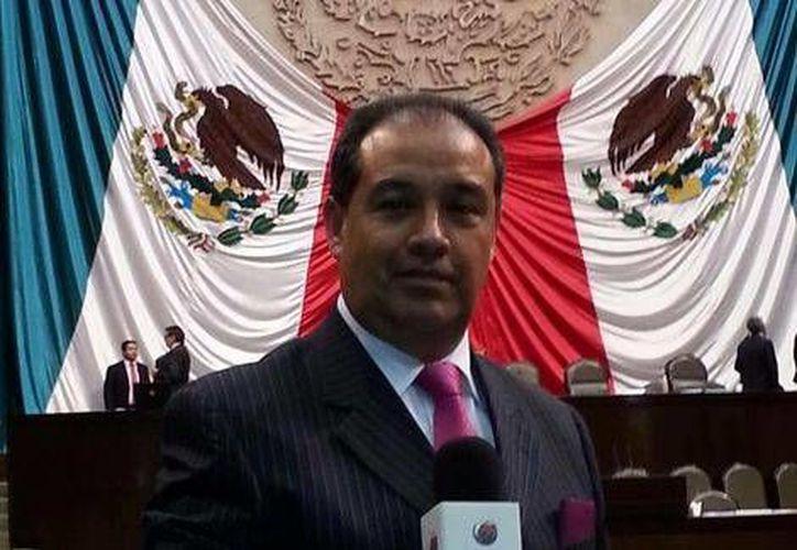 El periodista Gilberto Rodríguez ha trabajado para Proyecto 40, ESPN, Televisión Educativa y el IFE. (Foto tomada de la página de Facebook de Gilberto Rodríguez)