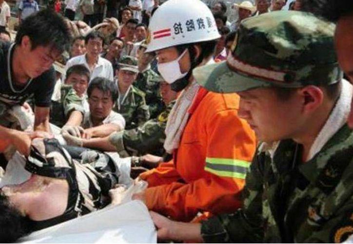 Los trabajadores heridos están siendo tratados en un hospital local. (Agencias)