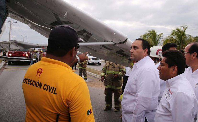 Roberto Borge Angulo corroboró junto a Filiberto Martínez Méndez, que el accidente no provocó víctimas fatales. (Redacción/SIPSE)
