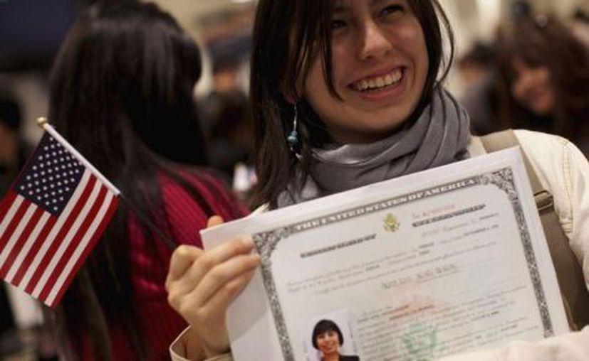 """La campaña, denominada """"Citizenship Now"""", fue lanzada por el Consejo Nacional de La Raza. (Reuters)"""