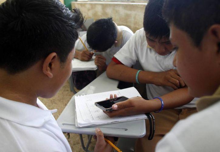 Con esta estrategia se pretende reducir el acoso escolar. (Harold Alcocer/SIPSE)