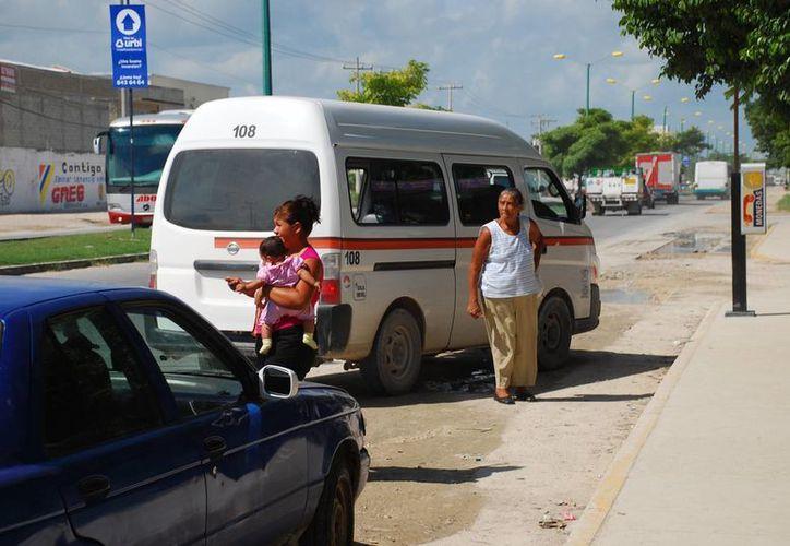 Las zonas en las que principalmente dan servicio son los asentamientos irregulares que se encuentran en las diferentes áreas de la ciudad. (Tomás Álvarez/SIPSE)