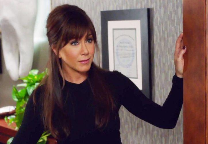 """""""Me encantó la primera parte e interpretar a la doctora Julia fue encantador, y me divertí tanto que el tiempo de filmación se hizo muy corto"""", aseguró la actriz Jennifer Aniston. (Agencias)"""