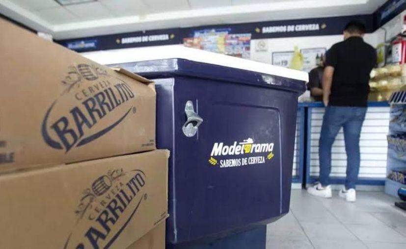 La venta de alcohol sólo será por servicio domicilio para evitar colas y aglomeraciones. (Novedades Yucatán)