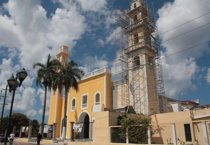 La iglesia localizada en la avenida 20, entre la avenida Xel Ha y 17 sur. (Julián Miranda/SIPSE)