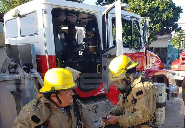 Los bomberos lograron controlar el siniestro. (SIPSE)
