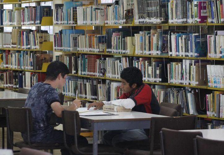 Actualmente se han sumado más cursos para el fomento a la lectura. (Redacción/SIPSE)