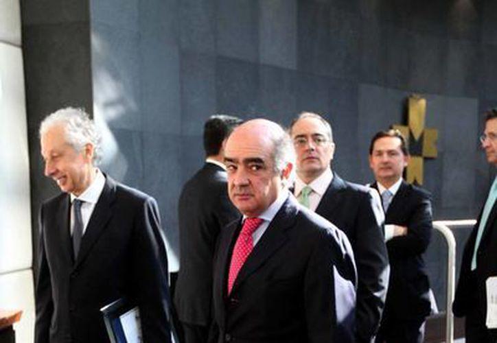 Luis Téllez durante la ceremonia y timbrazo simbólico por la presentación e inicio de operaciones de BTG Pactual México. (Notimex)