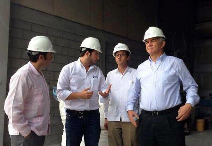 Los funcionarios estatales visitaron empresas hondureñas. (Milenio Novedades)