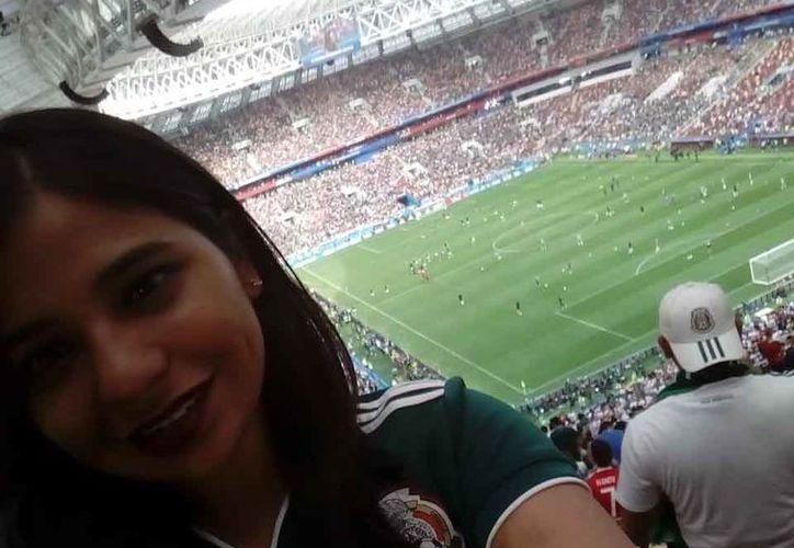 Mariela Martínez comparte con los lectores de Novedades Quintana Roo la emoción de estar en el estadio Luzhniki en el histórico momento del fútbol mexicano. (Redacción/SIPSE)