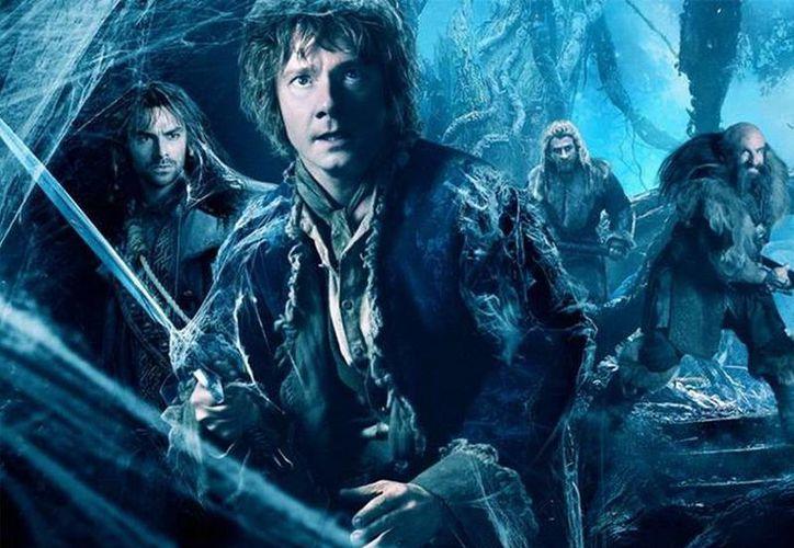 """A nivel mundial el estreno de """"The Desolation of Smaug"""" generó 209 mdd en ganancias. (Facebook/El Hobbit)"""