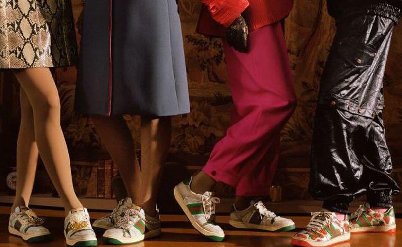 La marca italiana Gucci lanzó su línea de tenis Screener, que han sido criticados por su aspecto sucio y desgastado. (Instagram/Gucci)