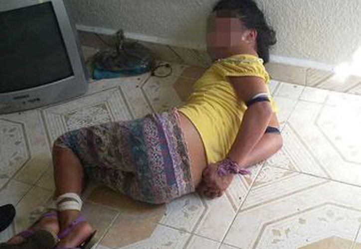 Una menor de edad fue hallada atada de manos y pies dentro del hogar que compartía con su pareja sentimental. (Redacción/SIPSE)