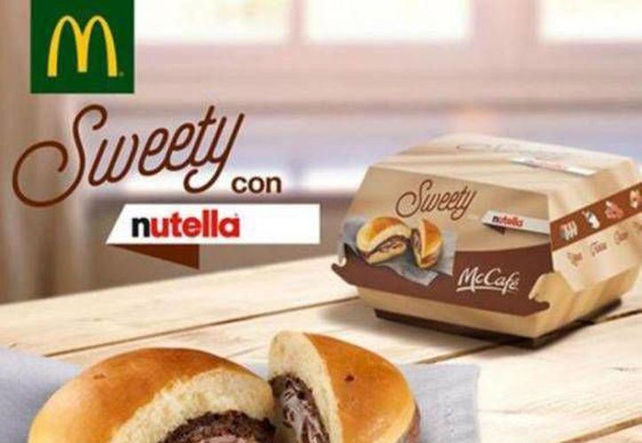 La hamburguesa rellena con Nutella, aporta cerca de mil 78 calorías y 8.8 gramos de grasa.(Forbes.com.mx)