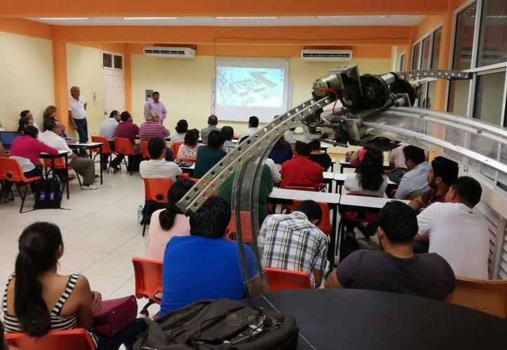 El evento se realizó en las instalaciones del laboratorio de Arquitectura del Instituto Tecnológico de Chetumal. (Ángel Castilla).