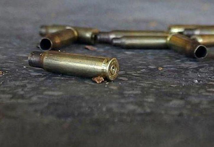 En el sitio de la doble ejecución quedaron casquillos de armas de uso exclusivo del Ejército. (SIPSE)