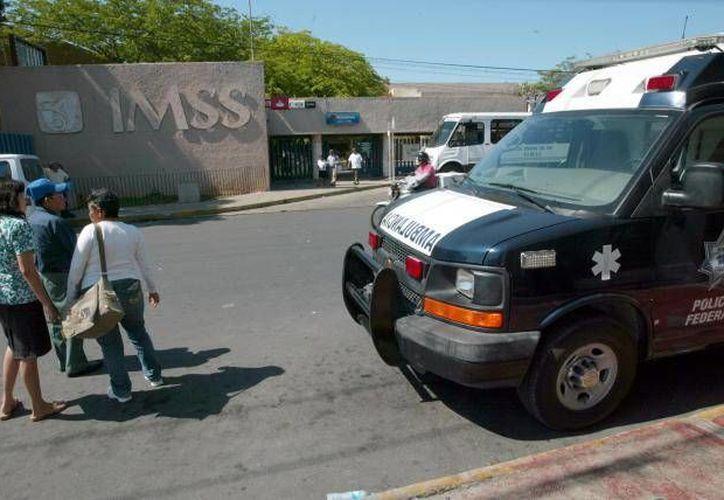 """Los criminales dijeron a sus víctimas en el IMSS que primero tendrían que ser """"aviadores"""". (SIPSE/Foto de contexto)"""