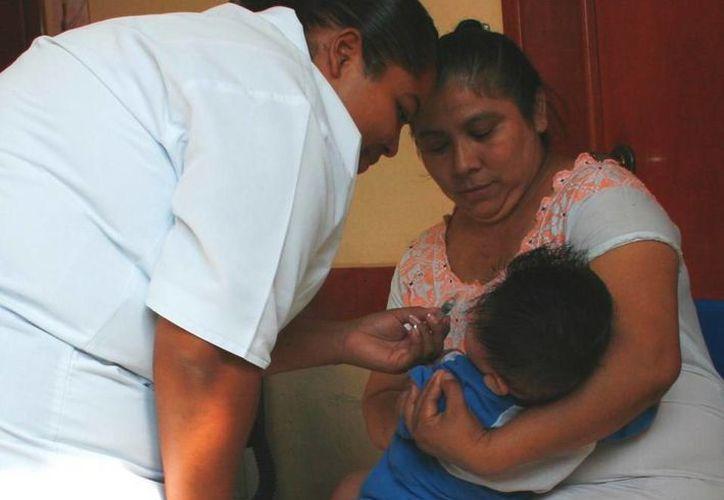 Cuando un enfermo del Issste es atendido en otro nosocomio, éste no paga por el servicio, ya que es parte de los convenios institucionales con la Secretaría de Salud y clínicas privadas. (Juan Cano/SIPSE)