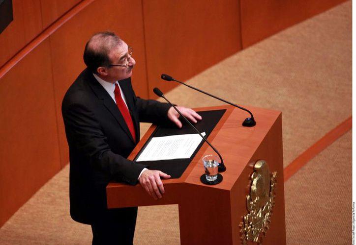 Alberto Pérez Dayán, durante su comparecencia ante el Senado de la República. (Reforma)