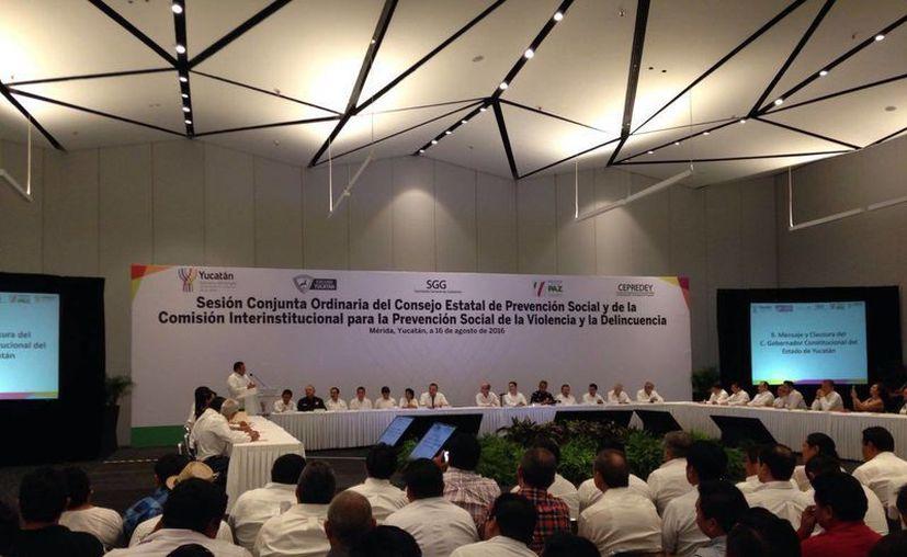 El Gobierno estatal presentó la estrategia Escudo de Prevención, la cual llegará hasta los 106 municipios del Estado. (Israel Cárdenas/SIPSE)