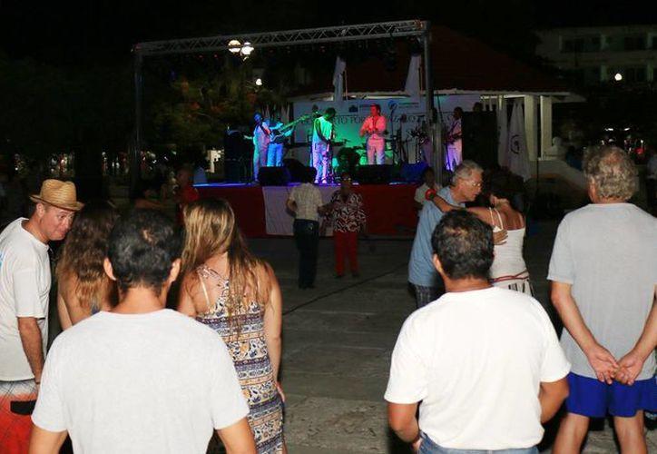 El evento tuvo lugar en el parque Benito Juárez. (Cortesía/SIPSE)