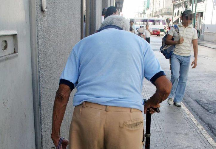 El Alzheimer afecta principalmente a los adultos mayores. (Milenio Novedades)